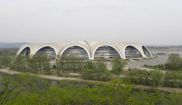 10.世界最大体育场:朝鲜平壤 绫罗岛五一体育场